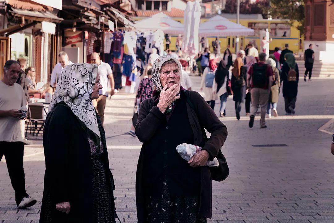 萨拉热窝老城:阳光灿烂下的战争与和平