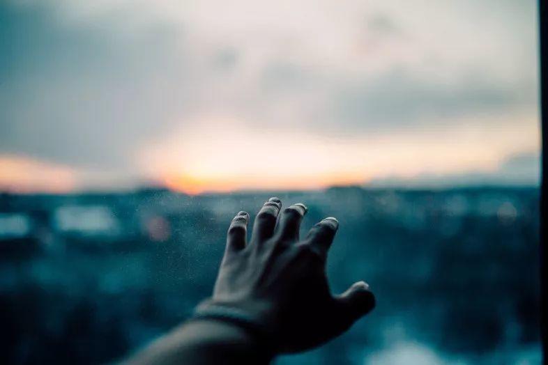 那些你记不起来的梦可能从未存在